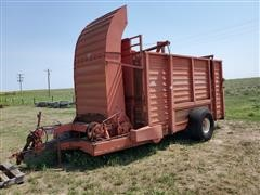 Hesston SH30 Stacker