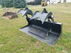 "Stout 72"" Grapple Bucket Skid Steer Attatchment"