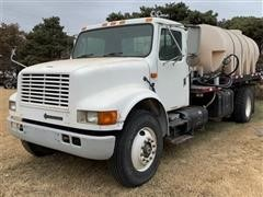 1995 International Flatbed Truck W/Tank