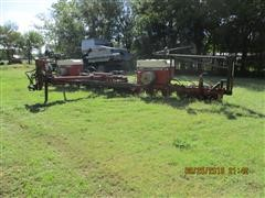 International Harvester 955 Cyclo Air 16 Row Planter