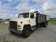 1981 International 1754 Flatbed/Dump Bed Truck
