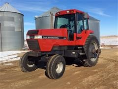 1990 Case IH 7120 Magnum 2WD Tractor