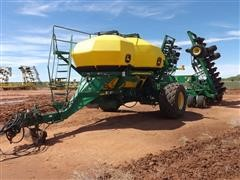 2006 John Deere 1910 Air Cart / 1890 Drill Cart Air Seeder