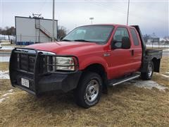 2006 Ford F250 Extended Cab Flatbed Pickup