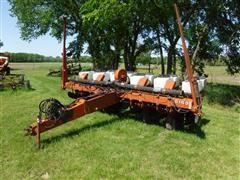 White 5100 6R30 Row Crop Planter