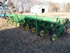 John Deere 885 8 Row Cultivator