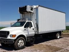 2003 Ford F750 Refrigerated Box Truck
