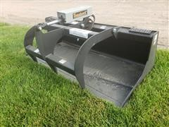 "2019 Tomahawk 3012 66"" Skid Steer Bucket W/Grapple"