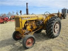 Minneapolis-Moline U 2WD Tractor