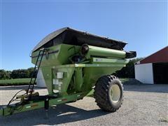 1999 Parker 710 Grain Cart
