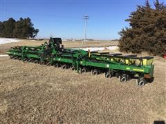 "2010 John Deere 1720 XP 16R30"" Planter"