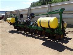 John Deere 7300 Kinze Bar 8R30 Planter