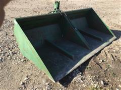 Gnuse 9' Hydraulic Dump Scoop