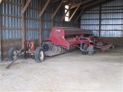 Case IH 6200 Press Wheel Grain Drills With Kuhn Transport Trailer