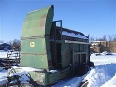 John Deere 200 Hay Stacker
