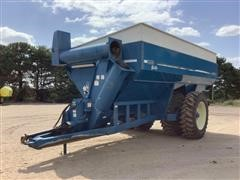 Kinze AW 840 Grain Cart