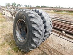 Case IH 7140 Magnum MFWD 16.9-26 Front Tractor Tires & Rims