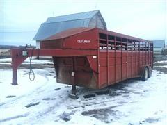1990 Trailmann T/A Gooseneck Livestock Trailer