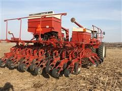 Case IH 955 Solid Row Crop 12/23R-15 Planter
