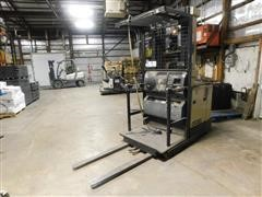 Crown 3000 Stand Up Forklift For Parts