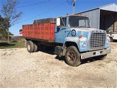 1973 Ford F-800 Feed Truck