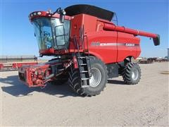 2008 Case International 8010 Combine