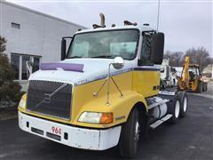 2000 Volvo VNM64T T/A Truck Tractor