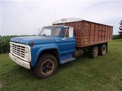 1976 Ford F750 Grain Truck