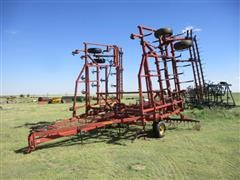 Sunflower 5531-36 Field Cultivator