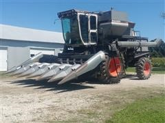 1980 Gleaner L2 Corn Plus Combine W/N-630 Corn Head