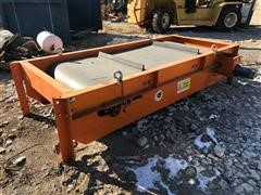 """2018 Paladin CRP36 32"""" X 6' Magnetic Conveyor Table"""