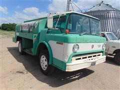 1975 Ford C600 Fuel Truck