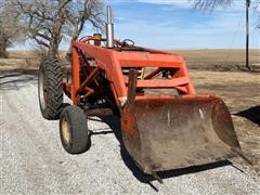 International 460 2WD Tractor & Loader