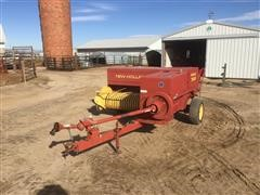1997 New Holland 565 Small Square Baler