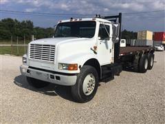 1993 International 4900 T/A 6X4 Flatbed Truck