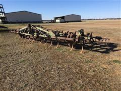 John Deere E1100 3-Pt Field Cultivator