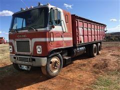 1974 GMC Grain Truck W/Auger