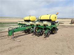 "John Deere 1760 12R30"" Wing Fold Planter"