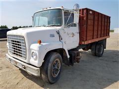 1972 Ford 750 Grain Truck