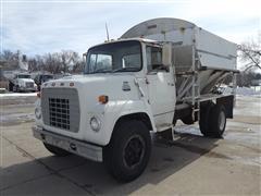 1984 Ford 700 S/A Fertilizer Tender Truck
