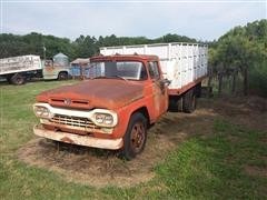 1960 Ford F500 Grain Truck