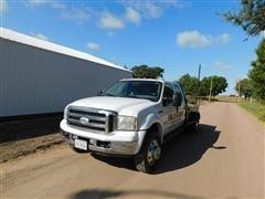 2005 Ford F550 Super Duty Lariat Dually Crew Cab Flatbed Pickup