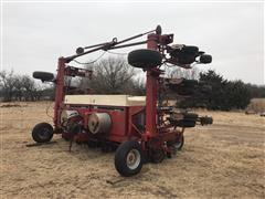 Case IH 900 Cyclo Air 12R30 Planter