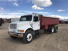 1993 International 4900 T/A Grain Truck