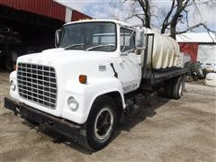1981 Ford L7000 S/A Flatbed Truck W/1700 Gallon Water Tank