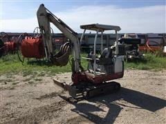 2000 Takeuchi TB016 Mini Excavator