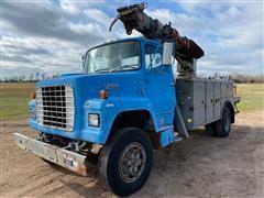 1983 Ford L8000 Digger Derrick Truck