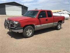 2004 Chevrolet K1500 4x4 Extended Cab Pickup