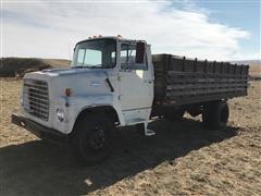 1970 Ford 600 S/A Grain Truck