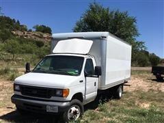 2005 Ford E-350 Box Truck